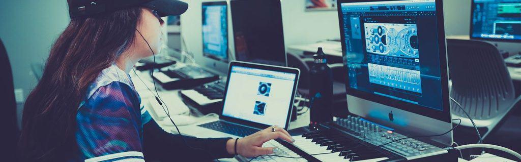 make money by teaching music online